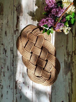 Коврик ручной работы из джута плетеный