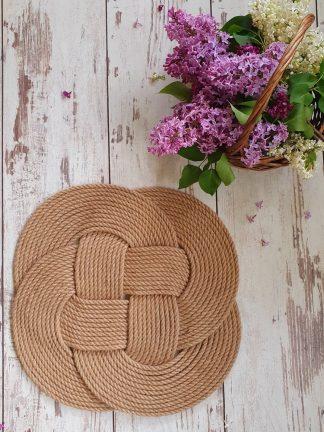 Салфетка ручной работы из джута плетеный